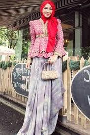 Model Baju Batik Muslim Motif Unik Wanita Modern terbaru