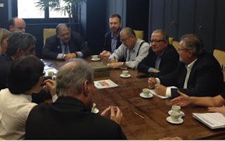 Reunião com Secretário de Saúde aborda importância do CONSAÚDE para o Vale do Ribeira