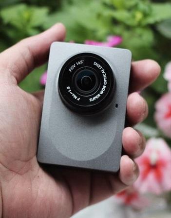 camera-hanh-trinh-xiaomi-Yi-2K