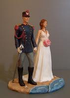 cake topper originale statuine somiglianti milano sposo uniforme storica polizia orme magiche