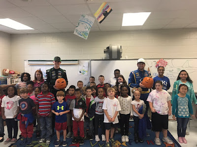 Austin Cindric and Chase Briscoe Carve Pumpkins with First Graders at Rich Acres Elementary School  #NASCAR