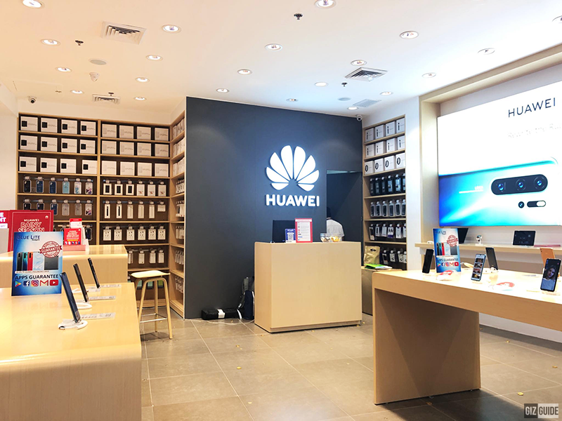 Inside the Huawei SM City Fairview concept store