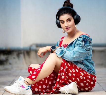 Akshara Singh Hot Images