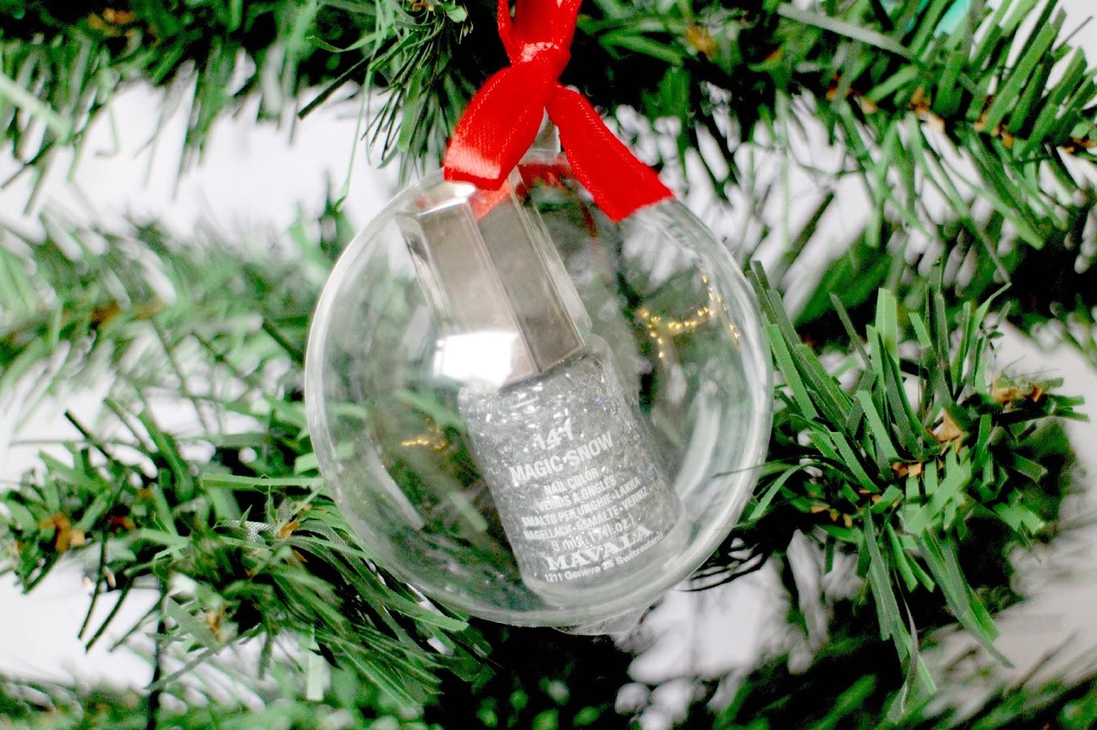 Mavala Christmas Bauble