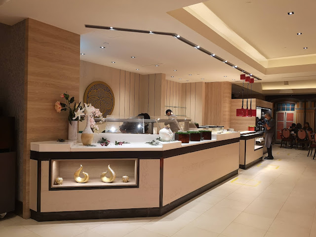 buffet station