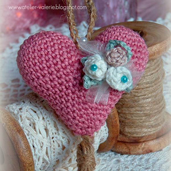 Crochet Heart by Atelier Valérie