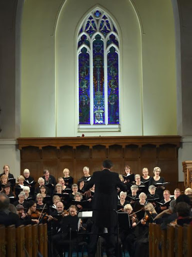David Burchell conducts the Dunedin Symphony Orchestra and City Choir Dunedin in the Songs for Humanity concert at Knox Church on Saturday night. PHOTO: PETER MCINTOSH