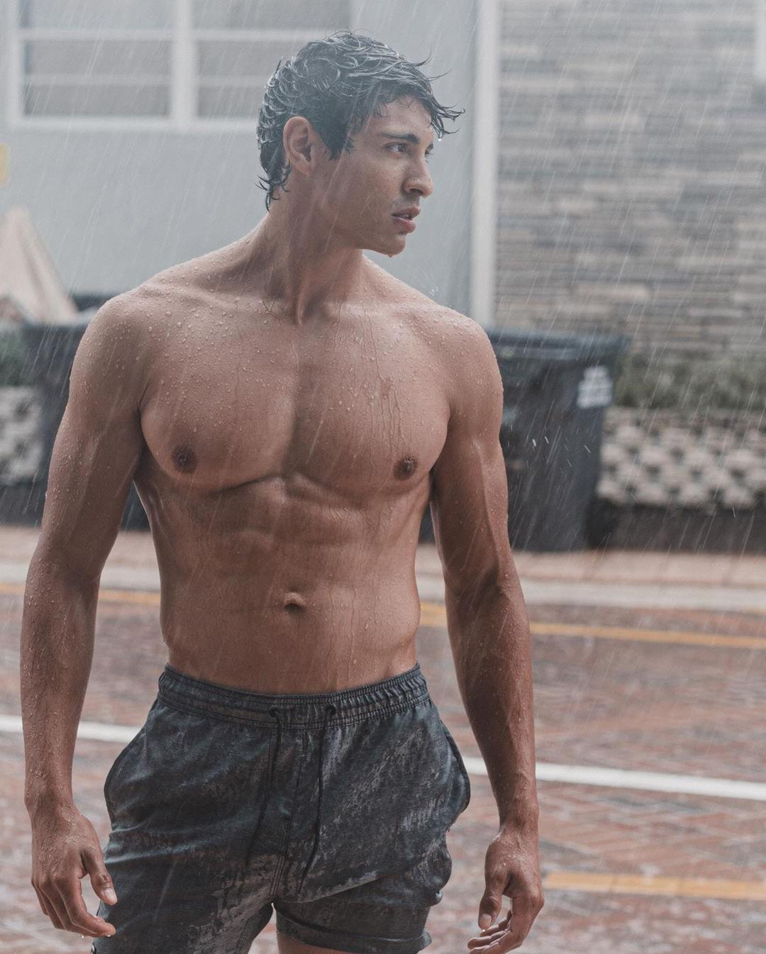 hot-guys-wet-fit-body-raining-young-muscle-hunk