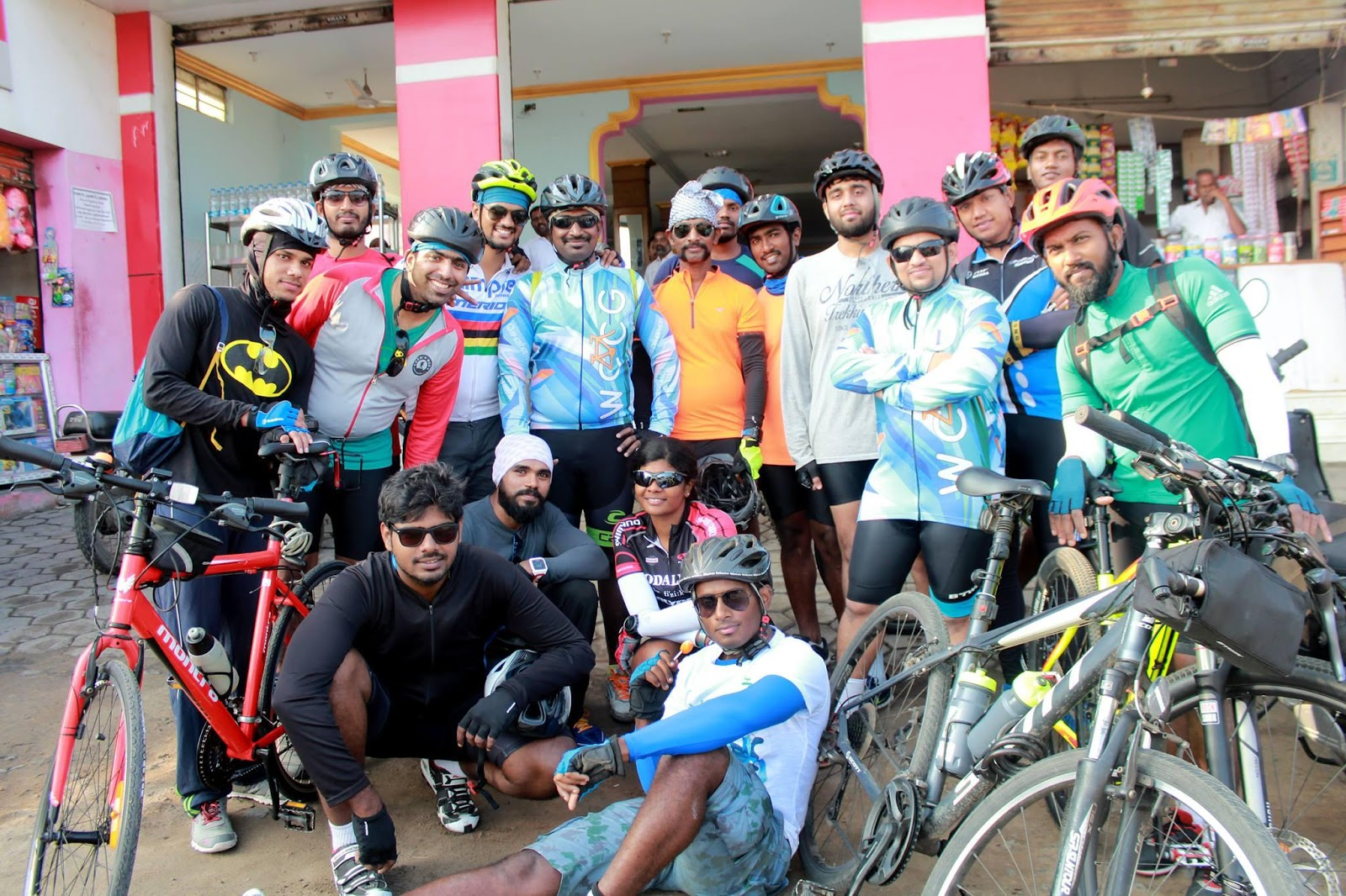 Wccg Chennai Cyclists 2016 Refill Msl By Brm We Reached A Place Called Kalangani In The Highway When It Suddenly Struck That