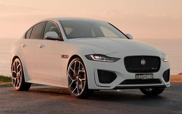 Jaguar XE 2020 có thể tăng tốc lên 100km/h trong vòng 5.7 - 8.4 giây