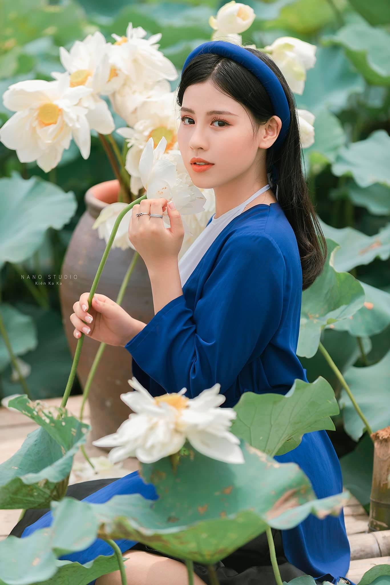 Hot Girls ♔♔…. Huyền Trang - Trang 23