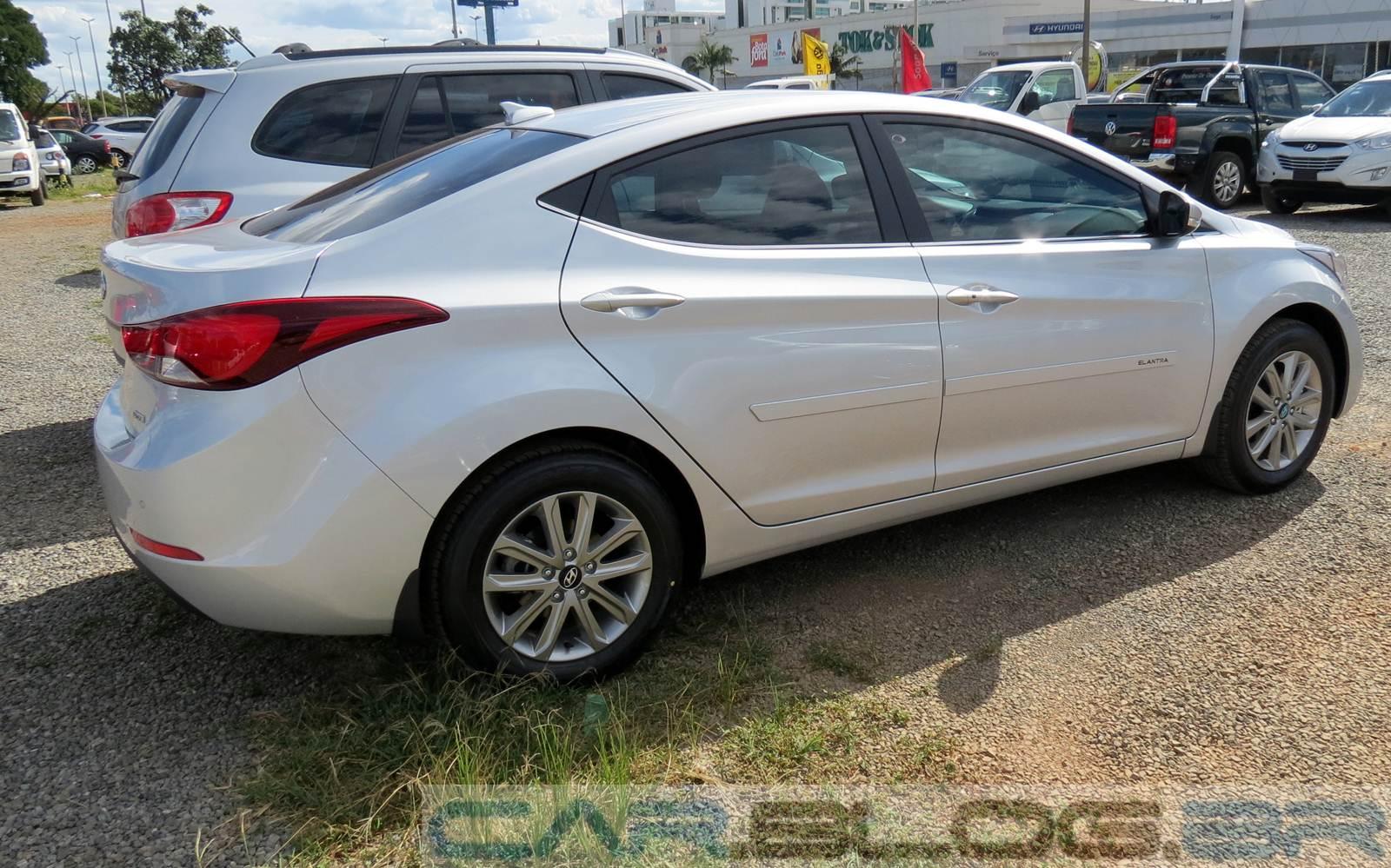 Hyundai 2015 elantra