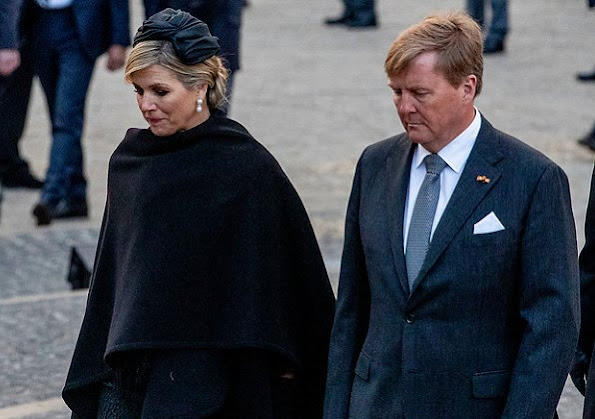 Remembrance Day ceremony at Dam Square in Amsterdam. King Willem-Alexander, Queen Maxima, Mark Rutte