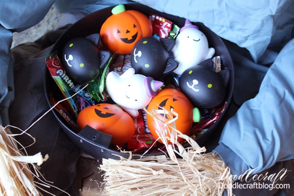 These darling Halloween squishies are perfect for passing out to trick-or-treaters...they come individually wrapped for extra precaution.