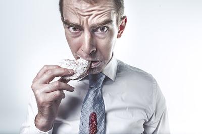 Mengunyah Makanan Sampai Halus Baik Bagi Kesehatan