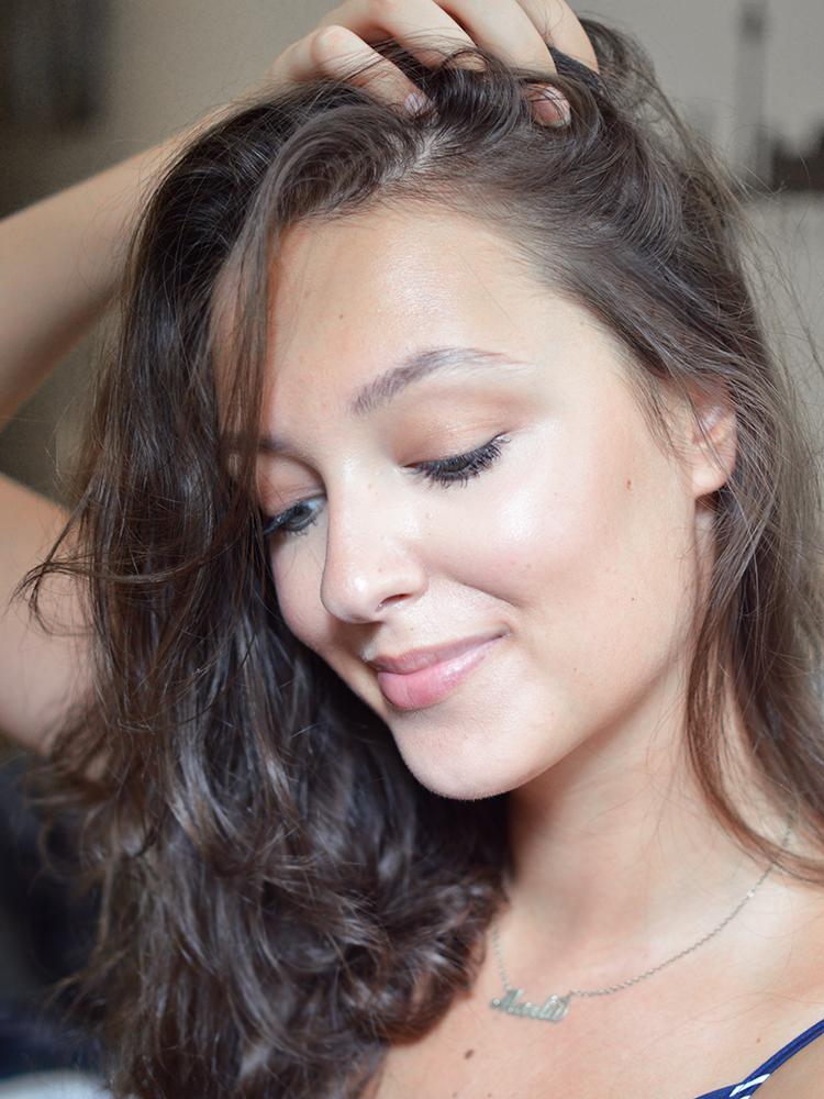 Jak kilkukrotnie podbić działanie każdej wcierki? Zapuszczanie włosów - Czytaj więcej »