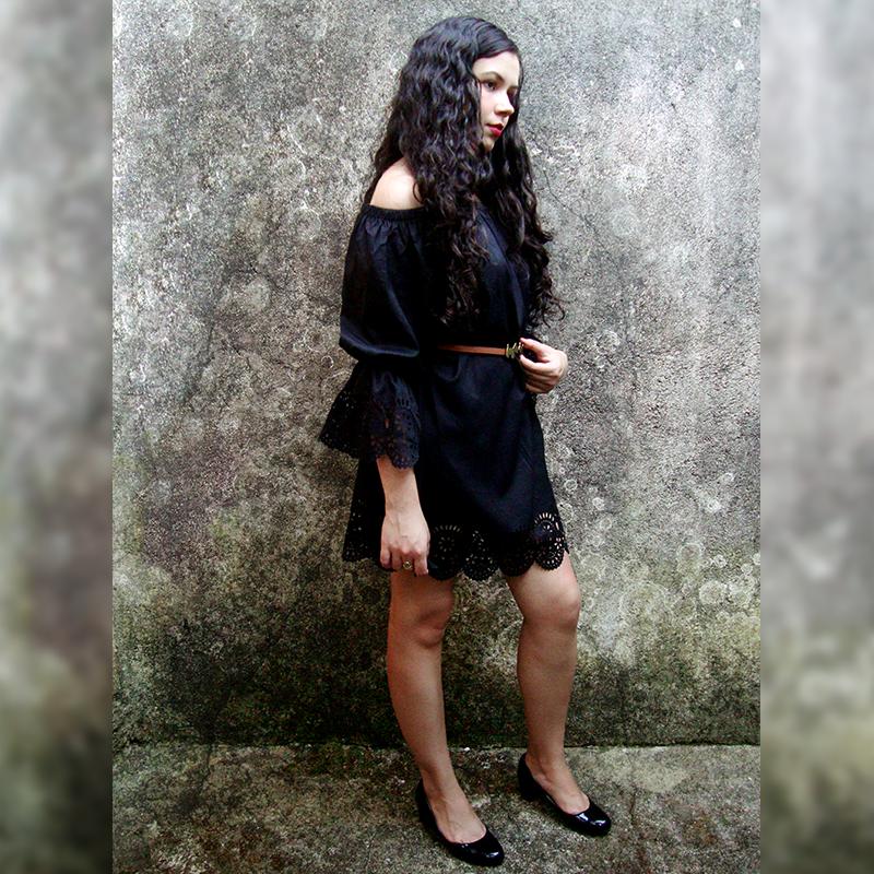 Vestido ombro a ombro preto