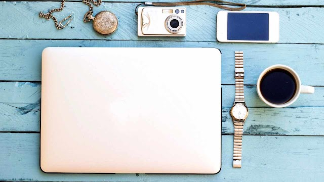 Top 10 Must Have MacBook Accessories & Gadgets