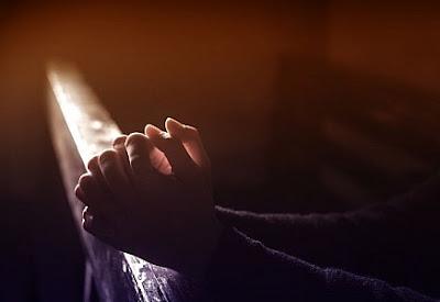 escogidos de Dios, santos y amados, vestíos de profunda compasión, de benignidad, de humildad, de mansedumbre y de paciencia