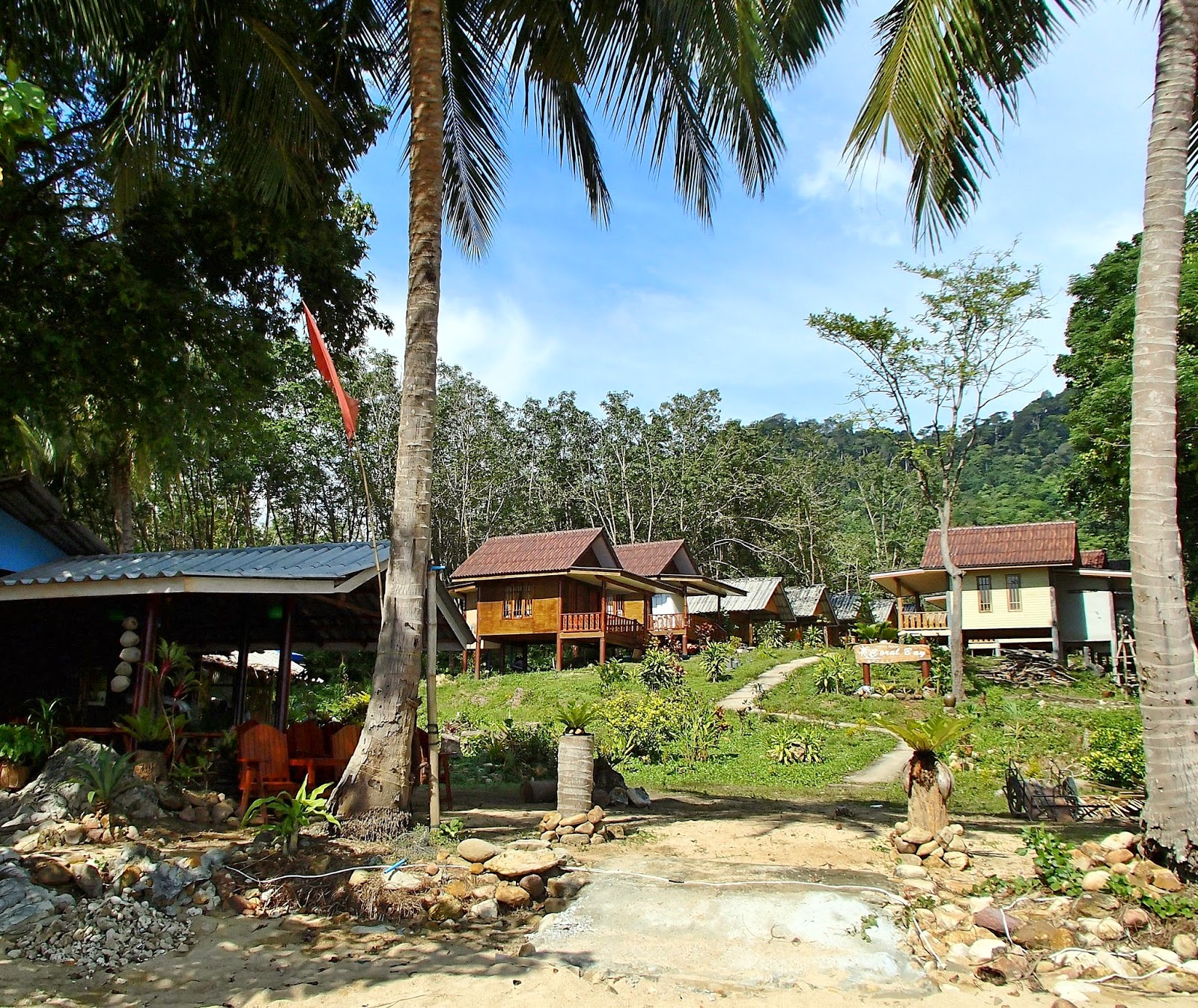 Ko Phi Phi Bungalows: Thailand Bali And Other Beaches And Islands: Ko Jum
