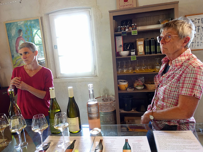 Laure (left) and Corinne, Domaine Rabasse Charavin