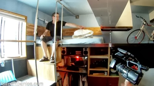 07-Bed-Area-Micro-Apartment-182-Square-Feet-17m²-Steve-Sauer-American-Engineer-www-designstack-co