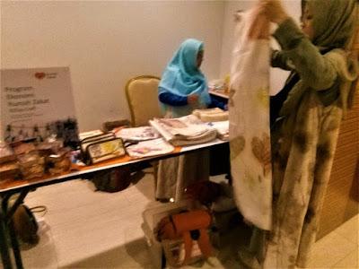 Road Show Gelombang Wakaf, batik ecoprint pendampingan rumah zakat