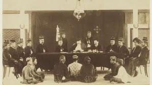 Era Pra Kolonial: Kerajaan Hindu-Budha vs Kerajaan Islam di Indonesia
