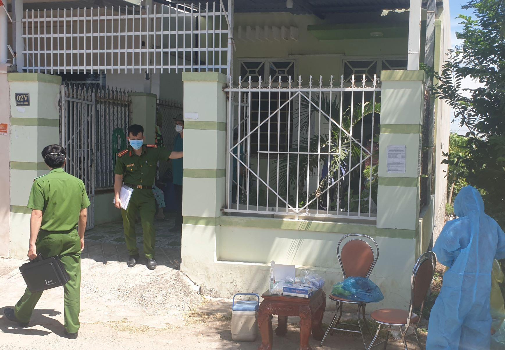 Ninh Thuận: 3 mẹ con tử vong trong tư thế treo cổ tại nhà riêng