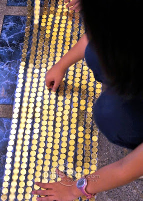 2011 guinness book of world records coin stacking