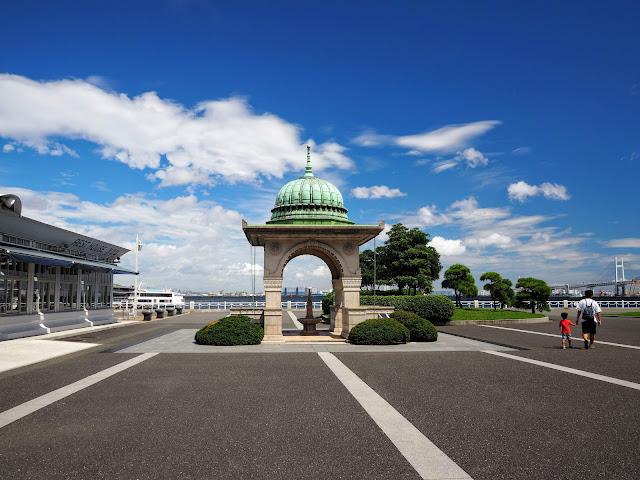 横浜 山下公園 インド水塔
