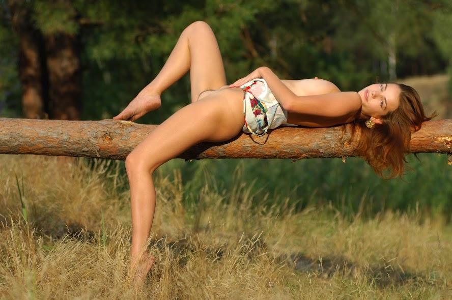 [GirlsInNature] Nadin - Forest Heart sexy girls image jav