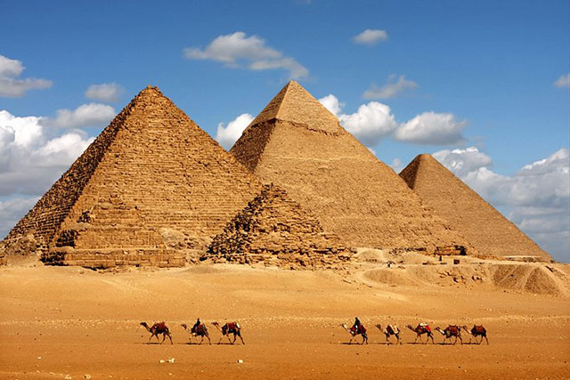 Piramid Giza Terdiri dari Tiga Piramid Berbeda
