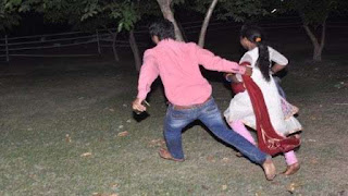 जौनपुर : देश में महामारी, युवक नाबालिग को भगा ले गया