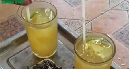 Sự thật về cốc trà chanh, trà quất mát lạnh 15k: Được pha bằng bột hóa chất + nước lã và cách nhận biết qua mùi vị