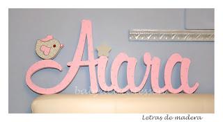letras de madera infantiles para pared Aiara con silueta de pajarito babydelicatessen