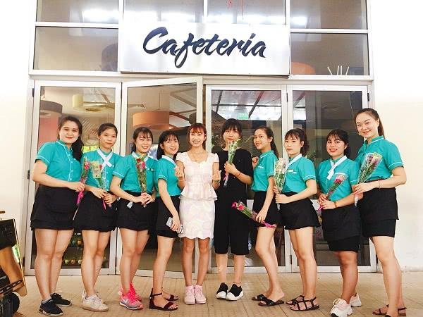 Đồng phục nhân viên cafe Windows Cafe