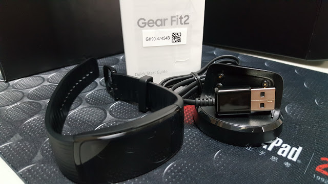 [開箱] Samsung Fit2 Pro 智慧手環, 運動游泳都支援  - 9