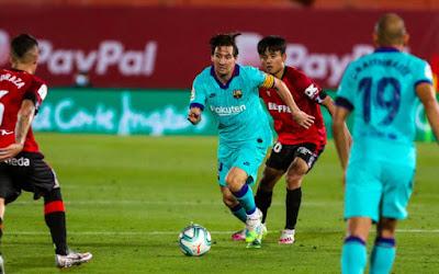 """Video Mallorca 0-4 Barcelona: Messi thăng hoa, tưng bừng """"đại tiệc"""""""