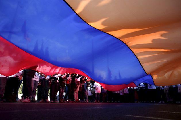 Μαζί με την Αρμενία