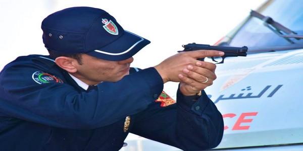 الرصاص لتوقيف شخص عرض عناصر الشرطة للخطر
