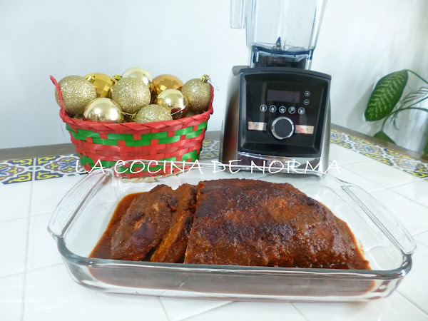LOMO MECHADO EN ADOBO A LOS 3 CHILES CON VITAMIX