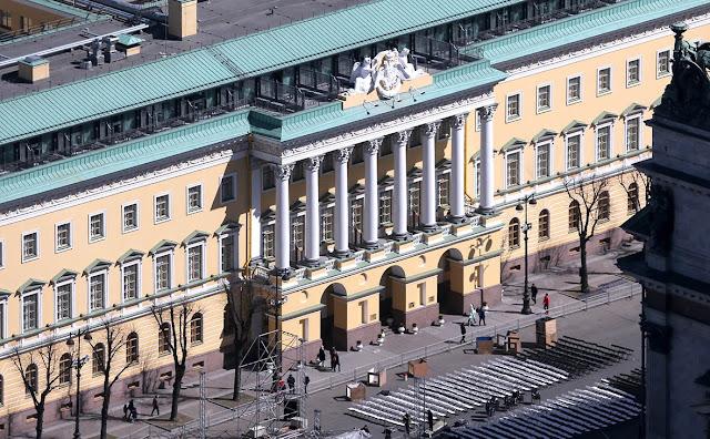 Петербургские отели-люкс стали дороже московских