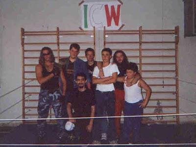 Il nucleo fondatore della Italian Championship Wrestling nel 2000