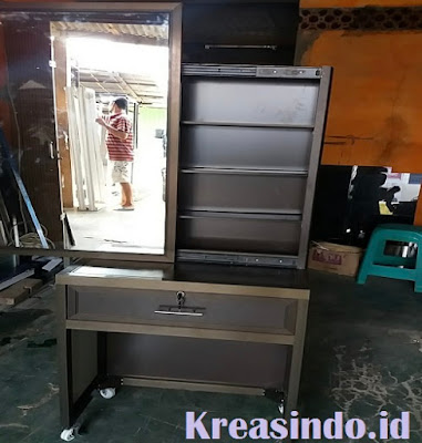 Rekomendasi Jasa Pembuatan Meja Rias Aluminium di Jabodetabek