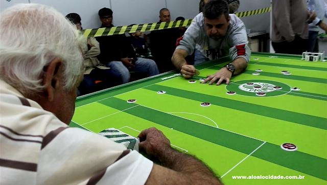 Campanha recebe o 1º Campeonato de jogo de futebol de botão de mesa