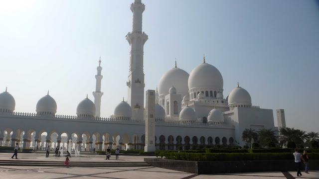 アブダビのシェイク・ザイード・グランドモスク