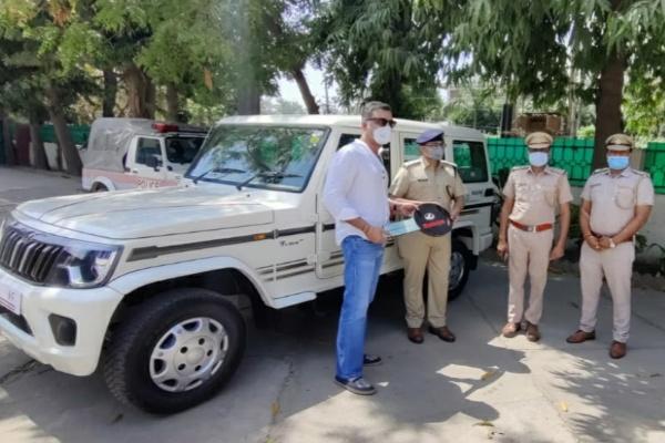 private-company-donated-faridabad-police-bolero-car
