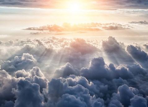 31 Arti Mimpi Awan Menurut Primbon Jawa Terlengkap