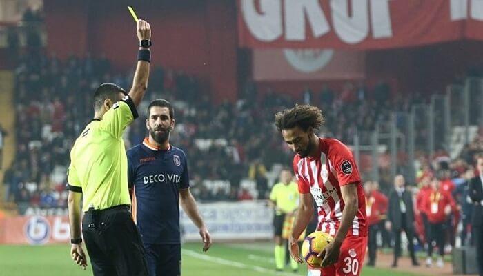 Futbol Kurallarında Yeni Değişiklik - Hakem Karar Değiştiremez - Kurgu Gücü
